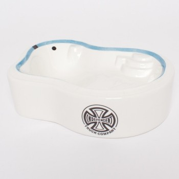 independent-vagabond-pool-ashtray-white-1