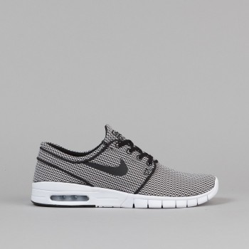 nike-sb-stefan-janoski-max-shoes-black-black-white-1
