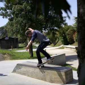 adalberto-rinaldi-backward-nosegrind-vans-test-460x600