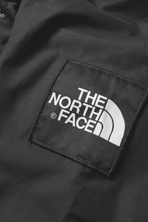 the-north-face-1990-thermoball-mountain-jacket-asphalt-grey-2