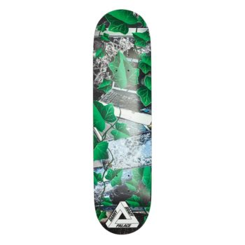 palace-boards-winter-19-brady4729_c1e42204-0f43-45fc-86fc-44e7e435708e_640x@2x