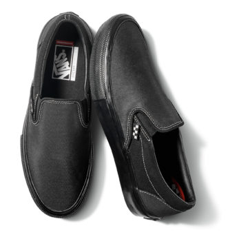 SP21_Skate_Slip-On_VN0A5FCABKA_BlkBlk_Pair